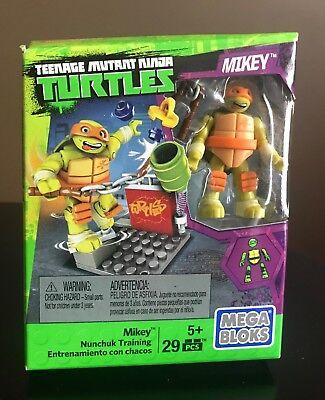 **NEW**MEGA BLOKS Teenage Mutant Ninja Turtles - Mikey Nunchuk Training Figure
