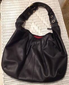 Oran Leather Handbag