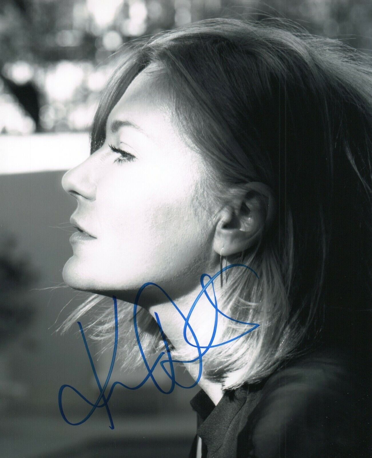 Autographed Kirsten Dunst Signed 8 X 10 Photo Cute - $4.99