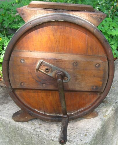 ANTIQUE RUSTIC TABLETOP CRANK CYLINDER BUTTER CHURN W/LID, PADDLES & HANDLE