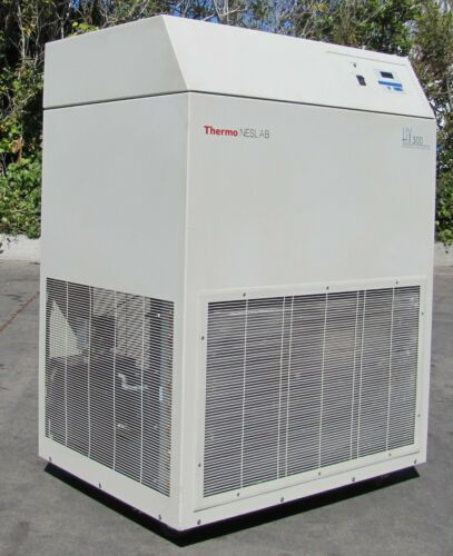 Thermo Neslab HX-300 Recirculating Water Chiller 230V 3 Phase HX-300A HX300