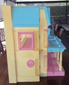 Vintage Fischer Price Dolls House