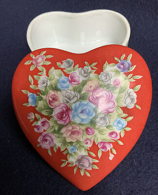 Geo Z Lefton Jewelry Trinket Box Hand Painted Heart Shaped Porcelain Red Floral