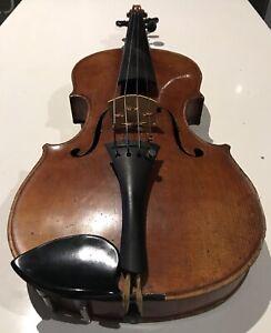 Vintage violin 4/4 size