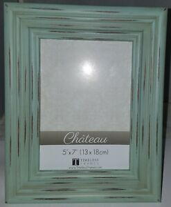 Pretty Full Distressed Green Color Picture/Foto Frame 5 x 7 In.