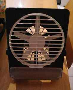 Mini fan with light Wattle Grove Liverpool Area Preview
