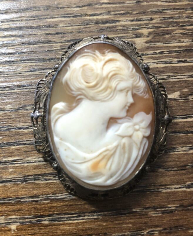 Estate Silver Gold Wash Carved Shell Cameo Floral Design Pin Brooch