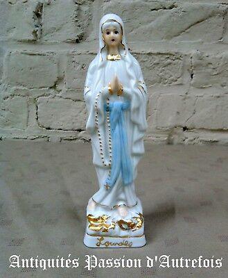 B2018239 - Notre Dame de Lourdes en porcelaine - 19 cm de hauteur