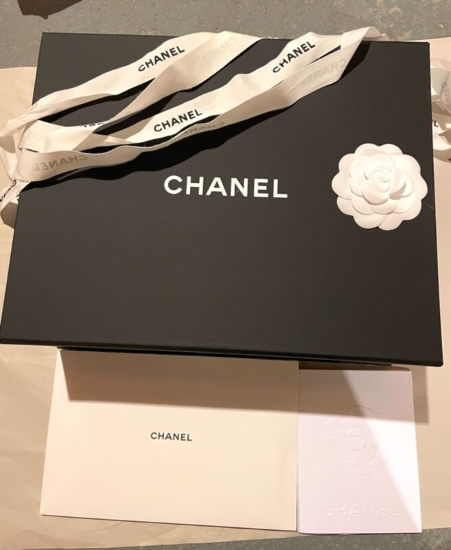 Authentic CHANEL Magnetic Gift Box 13x10.5x5 inches /camellia/ribbon/care book.
