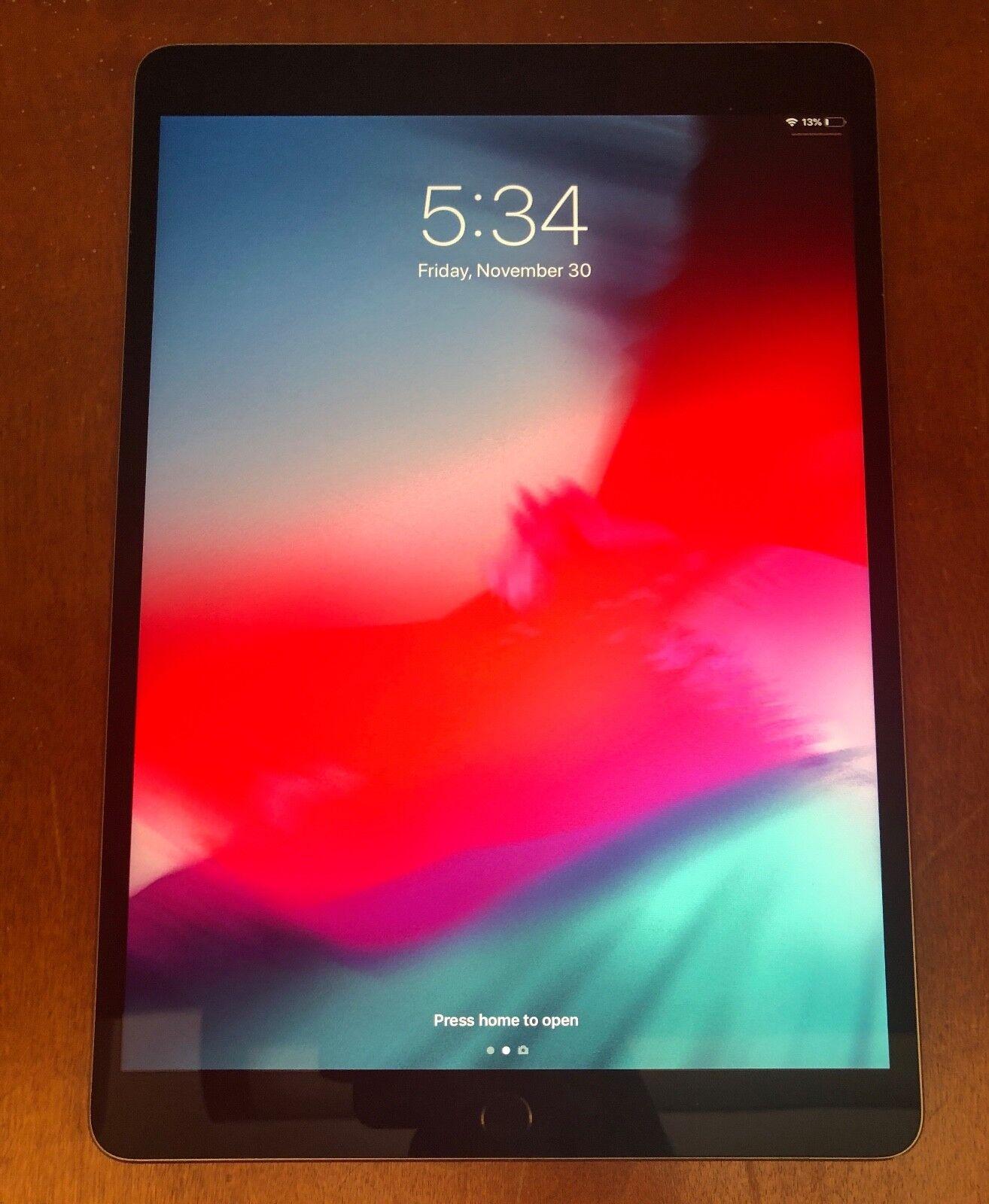 Working Apple iPad Pro 2nd Gen. 256GB, Wi-Fi, 10.5in - Space Gray