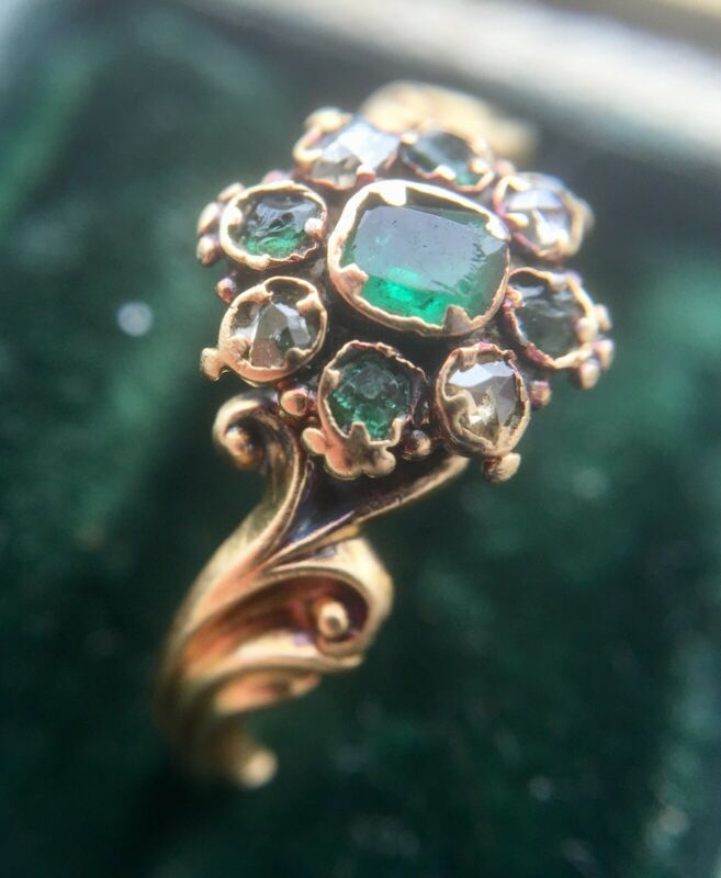 Gorgeous antique Georgian rose cut diamond locket ring in 18ct gold, US6 UK L