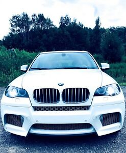 BMW X5 M - white / Red interior