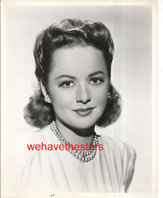 Vintage Olivia deHavilland GORGEOUS EARLY 40s Publicity Portrait