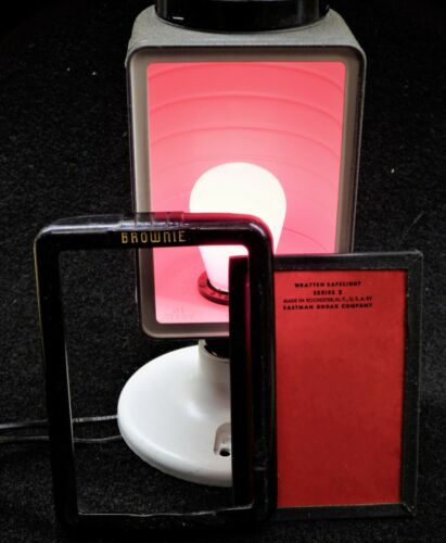 Vintage BROWNIE Wratten Safelight Filter Series 2 Eastman Kodak Company REDUCED!