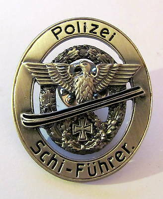 PIN Wehrmacht Polizei Schi Führer Abzeichen  *** P-309