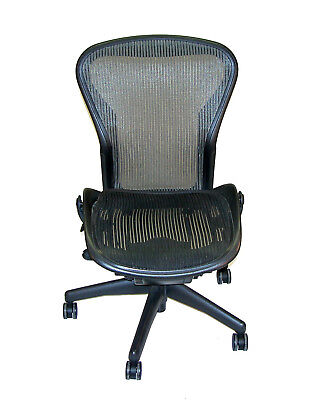Herman Miller Aeron Mesh Ergonomic Office Task Chair Sz B - Needs Attention 18