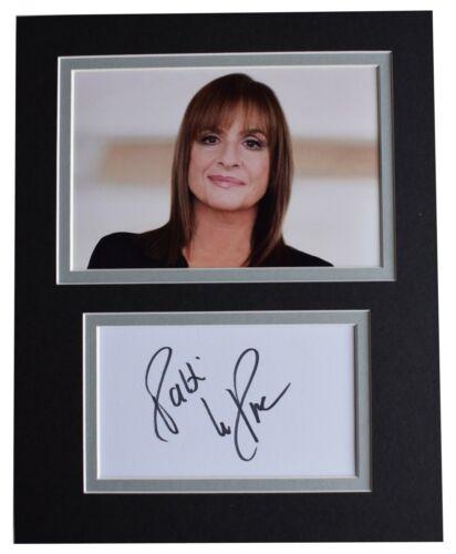 Patti Lupone Signed Autograph 10x8 photo display Music Broadway Evita AFTAL COA