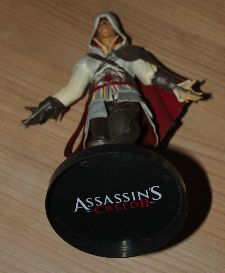 Assassins Creed 2 - Figur - Ezio Auditore - White Edition in Braunschweig