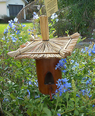 FABULOUS BAMBOO & RICE STRAW HAND CRAFTED TIKI BAR STYLE BIRDHOUSE BIRD HOUSE