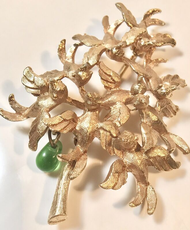 CADORO RARE GOLDTONE PARTRIDGE IN A PEAR TREE GREEN GLASS PEAR BROOCH PIN (259)