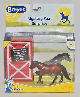 Breyer Stablemates Horses with Mystery Foal Surprise Family 1:32 Scale No. 5938