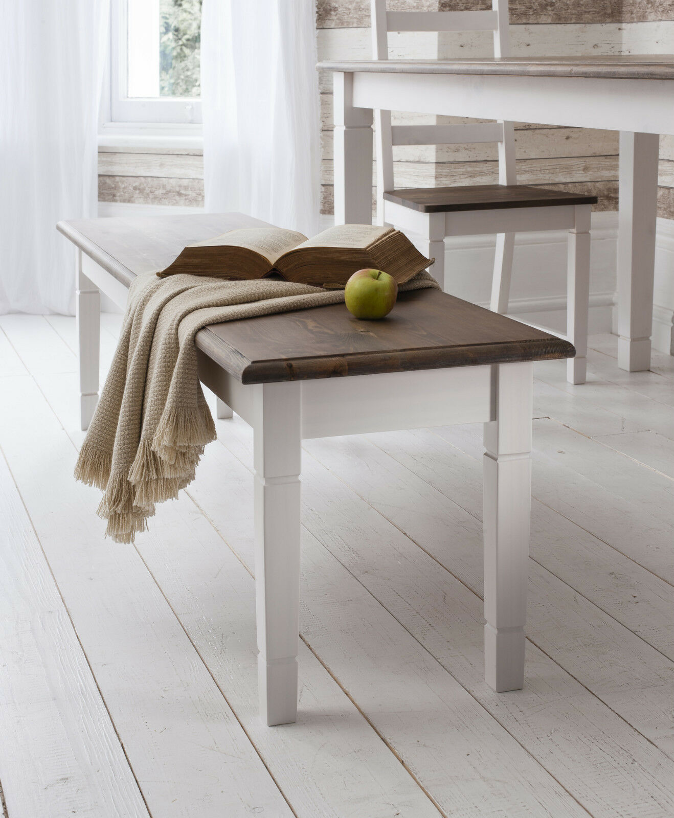 Pine And White Dining Table Chairs