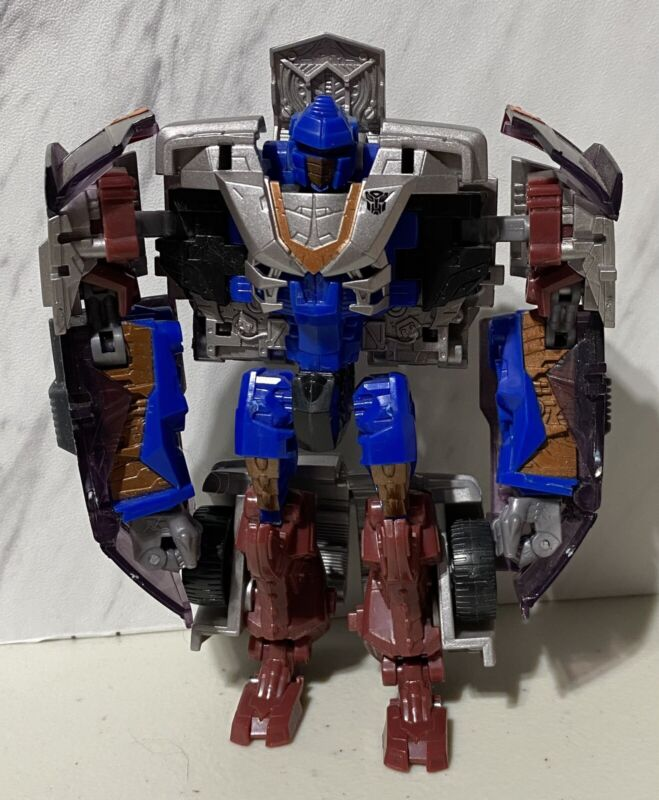 Transformers Revenge Of The Fallen Autobot Gears Complete ROTF Deluxe Class