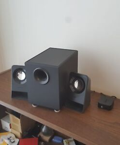 Logitech Z213 speakers and subwoofer