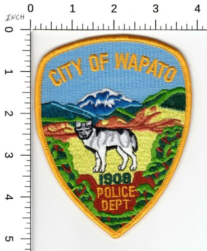 WAPATO WASHINGTON POLICE DEPARTMENT PATCH (NICE WOLK & MOUNTAIN SCENE) WA