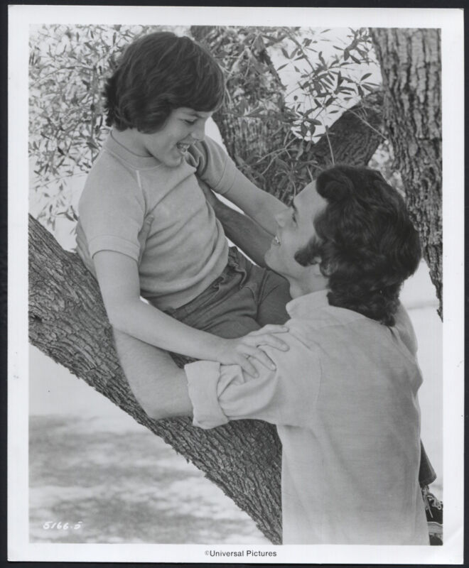 Story Of A Teenager '75 GREGORY HARRISON CHILDSTAR ROBBIE WOLCOTT LOOKING