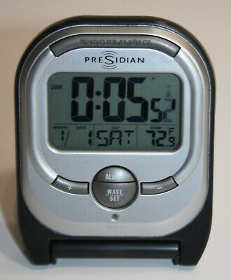 *Vintage* Radio Shack LCD Travel Digital Alarm Clock Radio cat no. 63-170