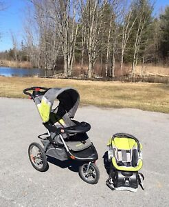 Single Stroller Travel System &a Rain Cover