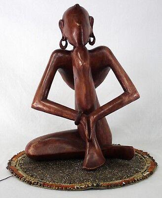 usa-gif-figurine-topless-horny-naked