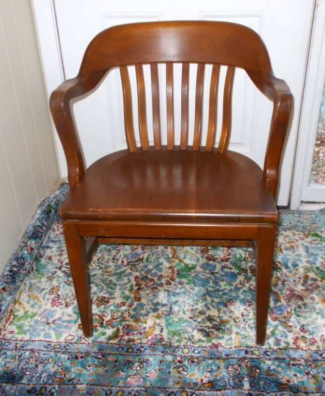 Antique BANKER BARRISTER Lawyer OFFICE Arm CHAIR WALNUT