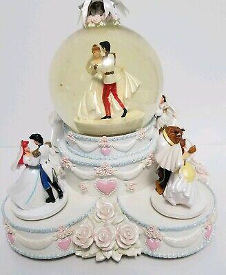 Disney Princesses Wedding Cake Animated Musical Snow/Water Globe Rare EUC ()
