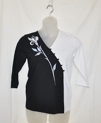 Bob Mackie Flower Embroidered V-Neck Sweater Size XS Black/White