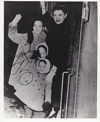 LIZA MINNELLI signed autographed 8x10 b&w photo ] photograph