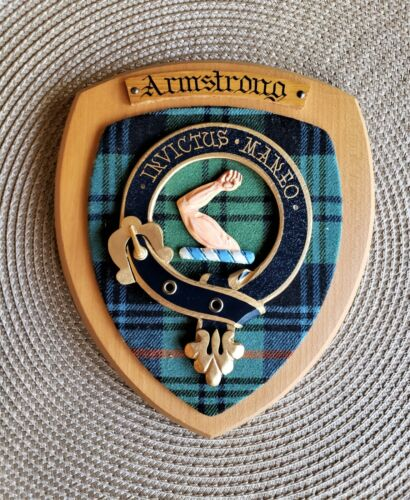 ARMSTRONG COAT OF ARMS PLAQUE (WALL CREST)