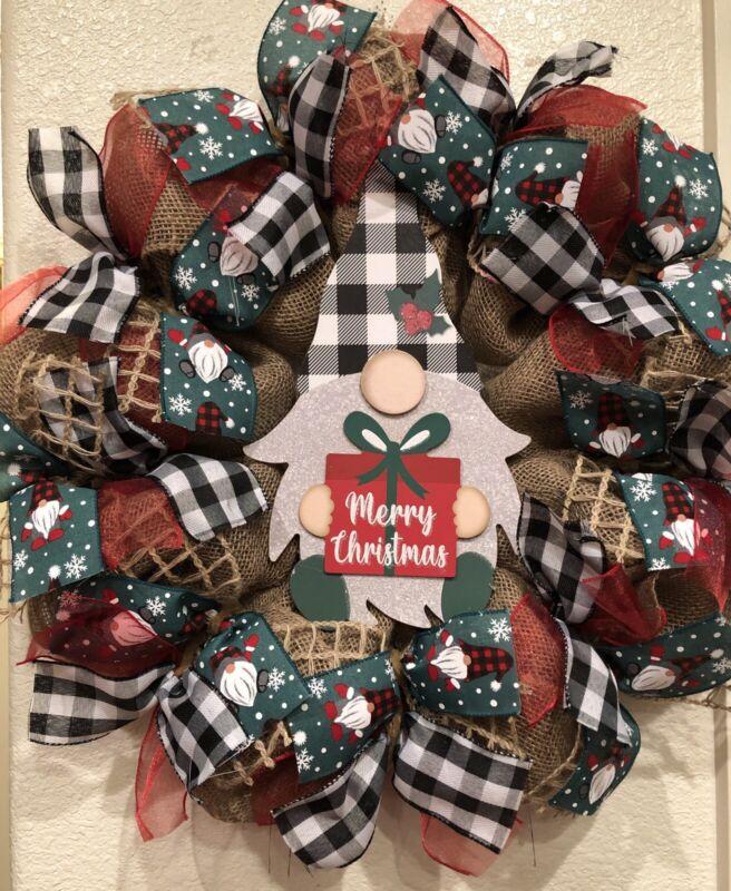 Farmhouse SANTA 🎅 GNOME BURLAP Deco Mesh WREATH 22 x 22 Buffalo Plaid CHRISTMAS