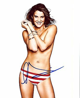 Cobie Smulders Authentic Hand Signed  Sexy Avengers  8X10 Photo