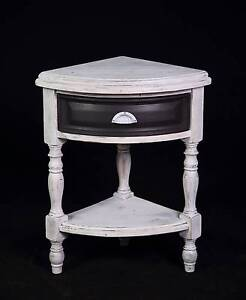 Lovely shabby chic solid hardwood timber hall table Del.Available Oakford Serpentine Area Preview