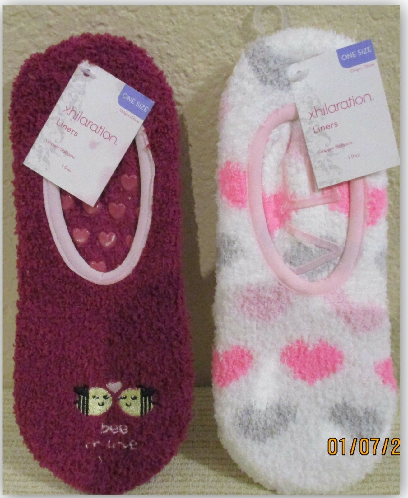 2 PAIR Xhilaration Valentines Day Cozy Fuzzy Slipper Socks L