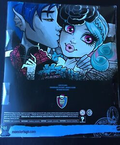 Brand New Monster high  Love in Scaris