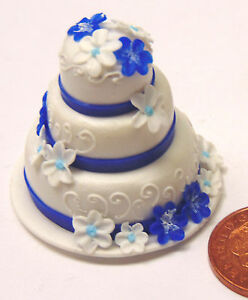 1-12th-Scale-3-Tier-Wedding-Cake-With-Blue-White-Flowers-Dolls-House-Miniature-Z