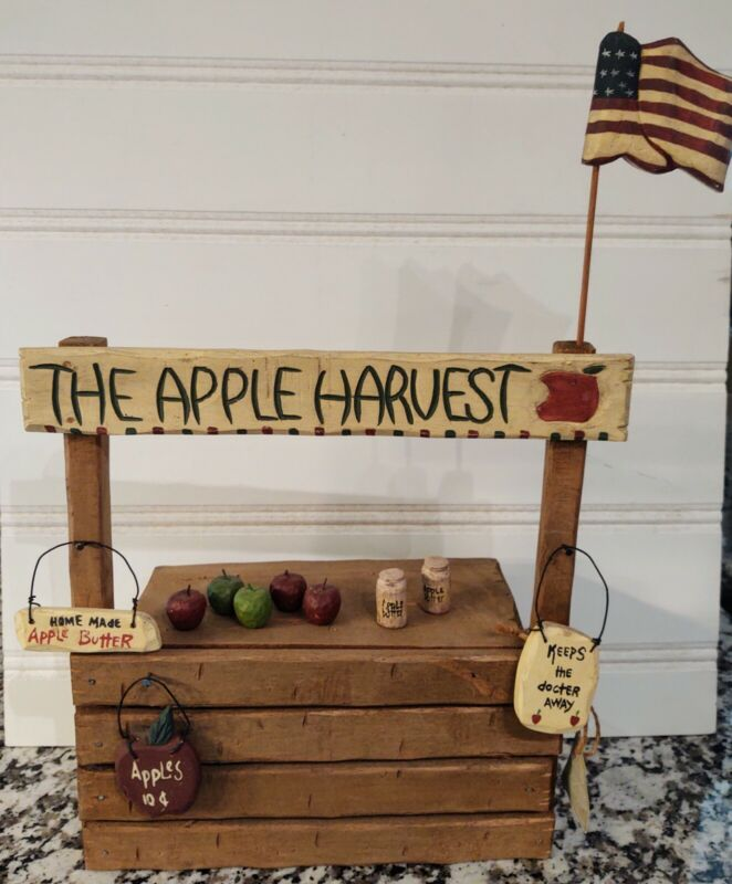 Boyds Bears Carvers Choice The Apple Harvest Wooden Stand Accessories
