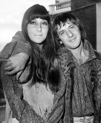 SONNY AND CHER - MUSIC PHOTO #E-21