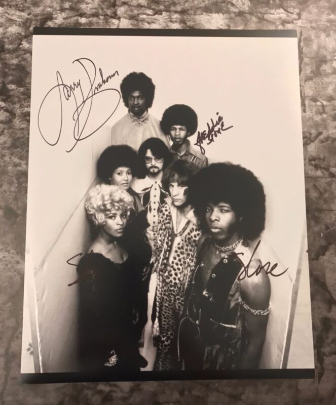 GFA Larry Freddie & Sly * SLY AND THE FAMILY STONE * Signed 11x14 Photo S2 COA