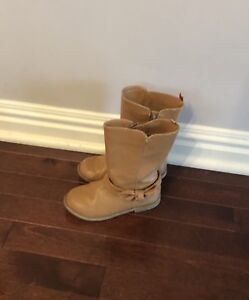 Girls size 11 boots