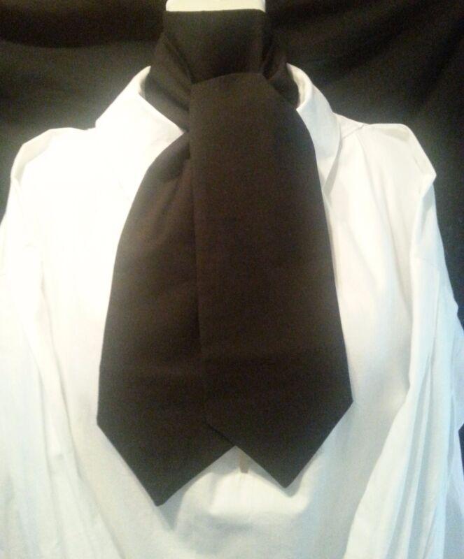 17th-18th Century Men,s Cravat