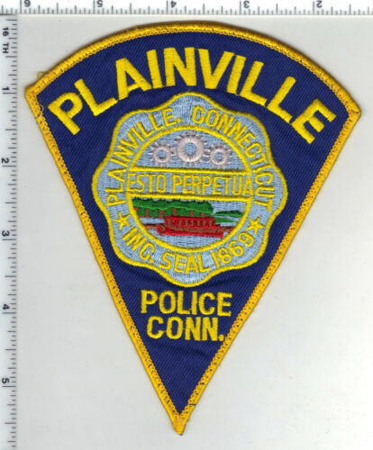 Plainfield Police (Connecticut) Uniform Take-Off Shoulder Patch from the 1980